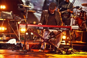 Leandro Rodrigues, tecladista do Baruk, Banda Saluz, Produtor Leandro Rodrigues, DVD Graça Ao Vivo