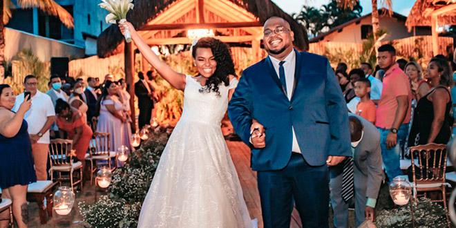 Lukão Carvalho se casa com a cantora Andressa Hayalla no Rio de Janeiro