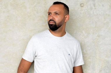 """Pablo Simplício lança primeira música de trabalho do """"EP Recordações"""""""